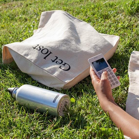 Punkt. - Ein Mobiltelefon, mit dem eine Revolution begann.